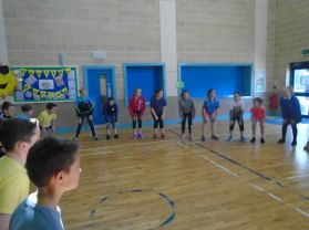 P7 enjoying an afternoon of PE doing dance.