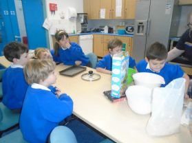 P3 Cooking Rice Krispie Buns